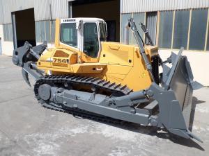 Bulldozer PR 754